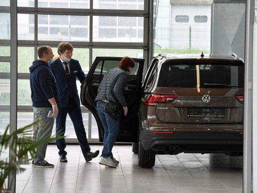 NEWS.RU рассказал водителям, почему продажа автомобилей в России превращается в аферу