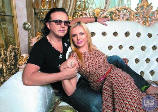 Бывшая супруга Романа Жукова Елена показала фото с новым возлюбленным