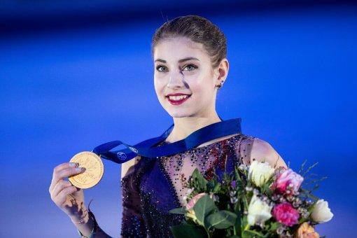 Алена Косторная призналась, что ей очень нравится стиль одежды Евгении Медведевой
