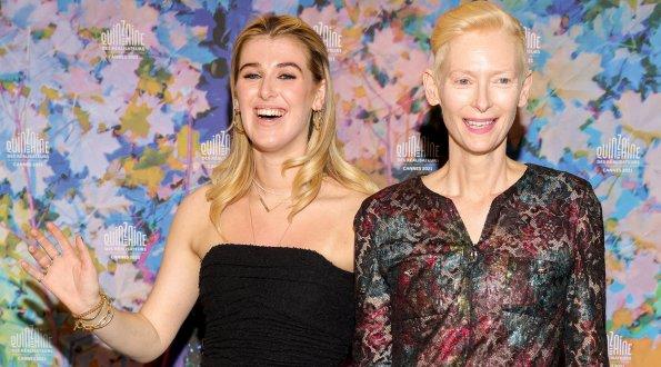 Актриса Тильда Суинтон явилась на Канский фестиваль вместе с дочерью