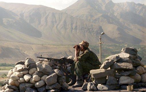 Таджикистан пошлёт 20 тысяч военных на охрану границы с Афганистаном