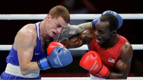 Крымский боксер Глеб Бакши вышел в 1/4 финала Олимпиады в Токио
