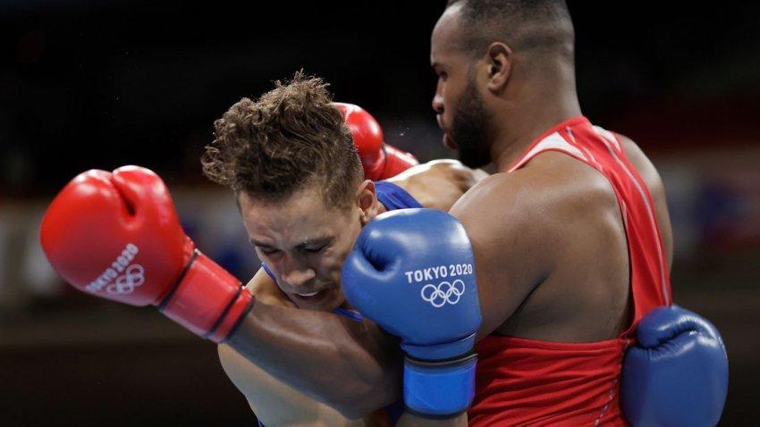 «Наследие» Тайсона: боксер-супертяж из Марокко пытался откусить сопернику ухо на Олимпиаде в Токио