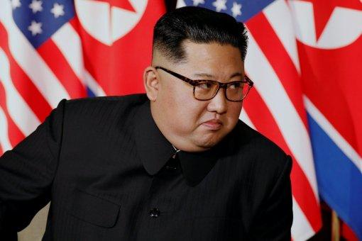 Ким Чен Ын призвал повысить боеготовность военных подразделений Северной Кореи