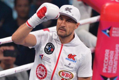 Боксер Ковалев пожелал удачи Усику перед поединком с Джошуа