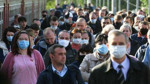 Врач Минздрава Драпкина объяснила необходимость ношения маски после вакцинации от COVID-19