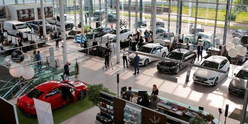 """""""Автостат"""": Российские дилеры испытывают нехватку новых автомобилей"""