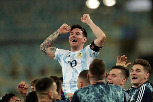 Лионель Месси выступал в матче финала Кубка Америки с травмой бедра