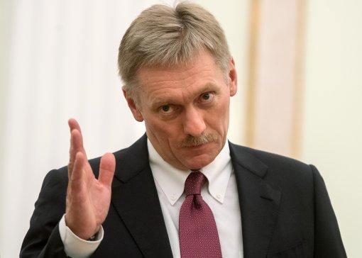 Пресс-секретарь Путина Песков заявил, что Кремль не принимает решение об отставке Черчесова
