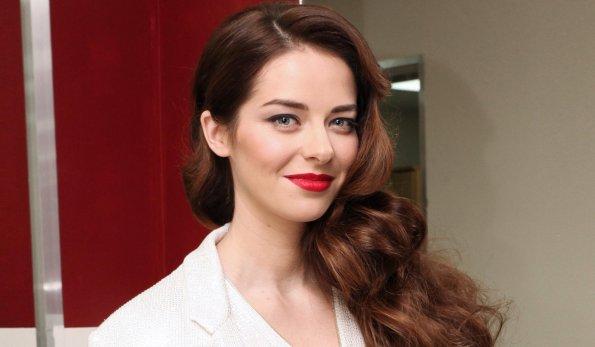 Актриса Марина Александрова провела время с детьми в парке развлечений