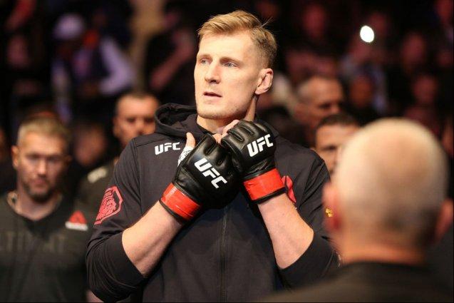 Боец UFC Александр Волков подписал контракт на следующий поединок