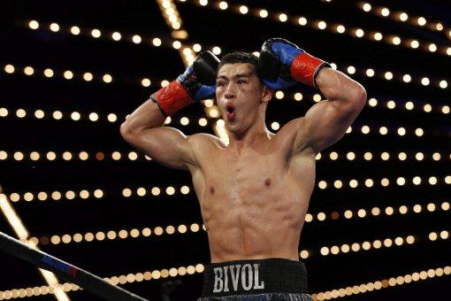 Дмитрий Бивол и Хильберто Рамирес договорились в соцсетях о совместном боксерском поединке