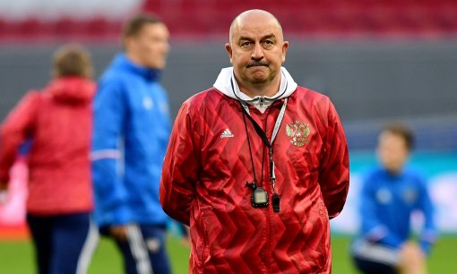 Тренер сборной России Станислав Черчесов не против, чтобы Сафонов стал первым номером команды