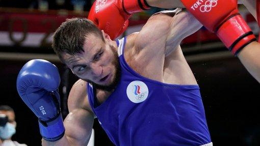 Российский боксёр Имам Хатаев прошёл в полуфинал Олимпиады в Токио