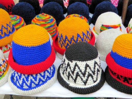 Российский онколог Мяснянкин объяснил, может ли шапка вызвать развитие рака