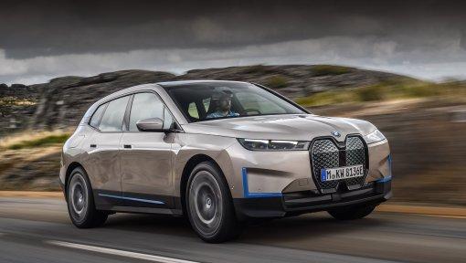 Новый кроссовер BMW iX на электротяге будет продаваться в России по цене от 8,5 млн. рублей