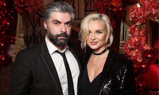 Бывший муж Полины Гагариной признался, что пытался спасти брак с певицей