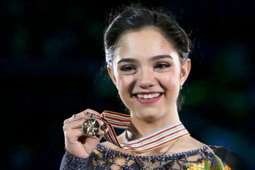 Фигуристка Евгения Медведева рассказала о стоимости костюмов спортсменов