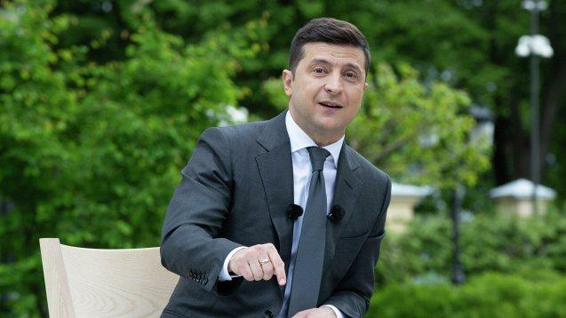 Владимир Зеленский ответил на вопрос о Путине и их возможной встрече на русском языке