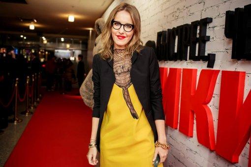39-летняя Ксения Собчак пришла на премию «Муз-ТВ» в облегающем платье