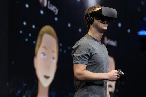 Facebook призывает снизить цены на VR-устройства для того, чтобы привлечь внимание массовой аудитории