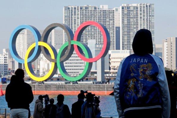 Японский премьер Суга: есть вероятность, что Олимпиада в Токио пройдет без зрителей на трибунах
