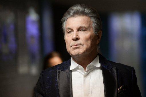 Лев Лещенко сравнил современный российский шоу-бизнес с кунсткамерой