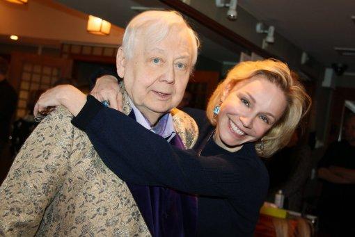 Вдова Олега Табакова объяснила, почему на могиле худрука до сих пор не установили памятник