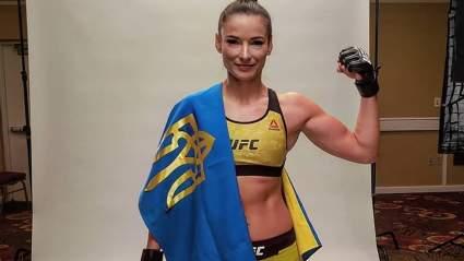 Украинская звезда UFC Марина Мороз поделилась откровенным снимком в бикини