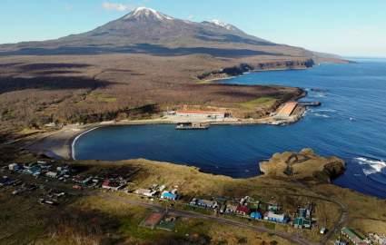 Премьер-министр Японии пообещал договориться с Россией по Курилам