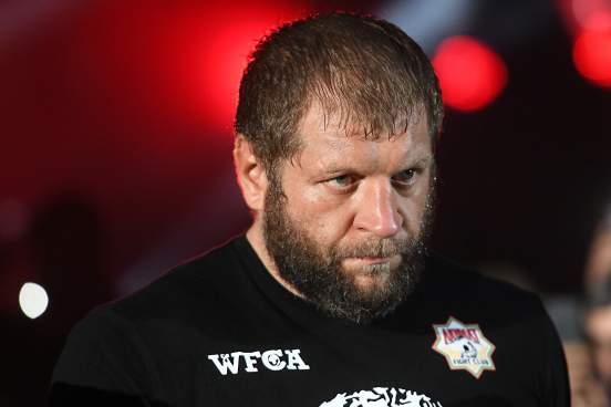 Россиянин Александр Емельяненко заявил, что не намерен завершать карьеру в MMA