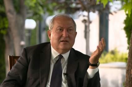 Лидер Армении повторно отказался утвердить отставку главы Генштаба