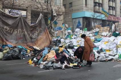 Экс-премьер Украины Анатолий Кинах рассказал о беспрецедентной бедности в стране