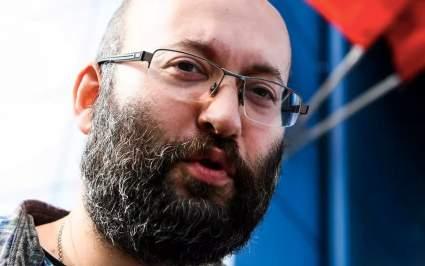 Суд оштрафовал журналиста Илью Азара на 150 тысяч рублей