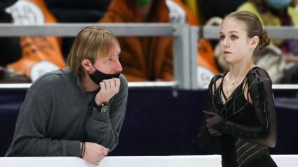 Фигуристка Трусова рассказала о тренировках у Плющенко