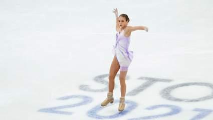 Академия Плющенко поддержала Трусову после неудачи фигуристки в короткой программе на ЧМ