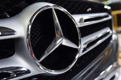 Mercedes-Benz отзывает более 264 тысяч автомобилей из-за риска их воспламенения