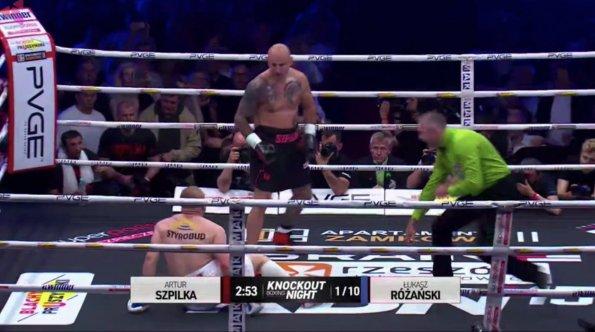 Боксер Лукаш Ружаньский отправил в нокаут Артура Шпильку в поединке 30 мая