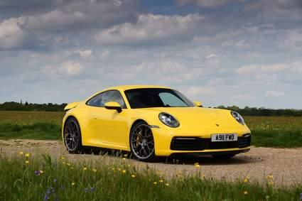 Автомобили желтого цвета меньше всего дешевеют при перепродаже