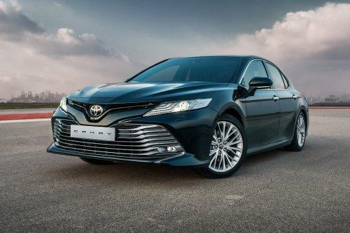 Модифицированная для российского рынка Toyota Camry получила новый мотор и вариатор