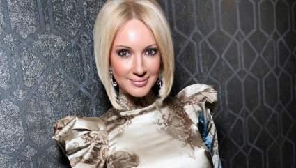 49-летняя телеведущая Лера Кудрявцева рассказала в Instagram про использование фотошопа