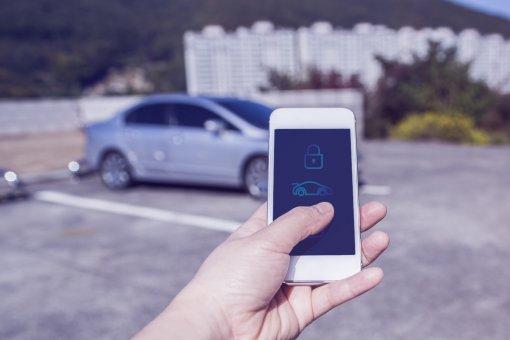 Android 12 сделает из смартфонов Google Pixel и Samsung в ключи для автомобилей BMW