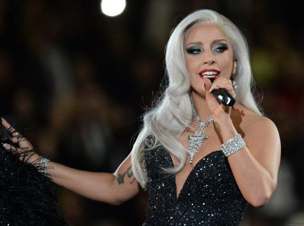 Певица Леди Гага рассказала об изнасиловании в 19 лет