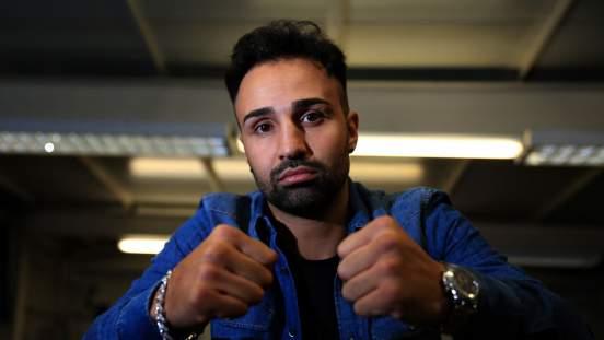 Боксер Малиньяджи: Судьи могут отдать победу Альваресу над Сондерсом из-за денег