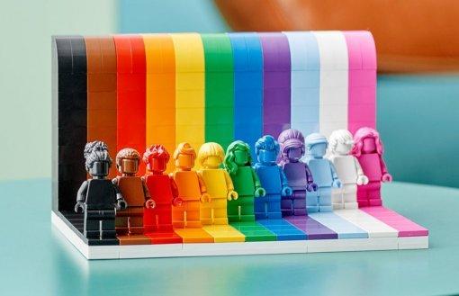 Lego выпустит конструктор в поддержку ЛГБТ-сообщества