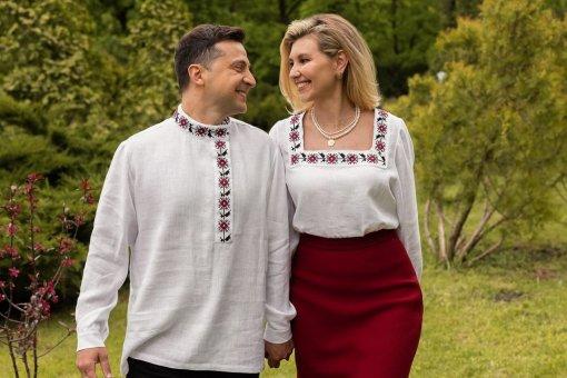 В офисе президента Украины Зеленского прокомментировали скандал с вышиванкой-косовороткой