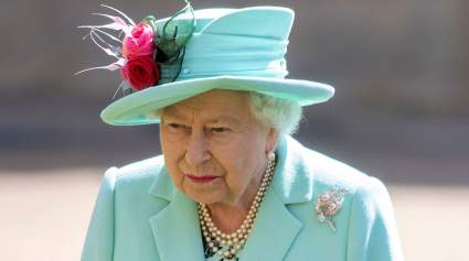 Елизавета II поздравила сына Меган Маркл и принца Гарри с двухлетием