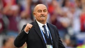 Уткин заявил, что аргументы Черчесова про обновление сборной рассчитаны на придурков