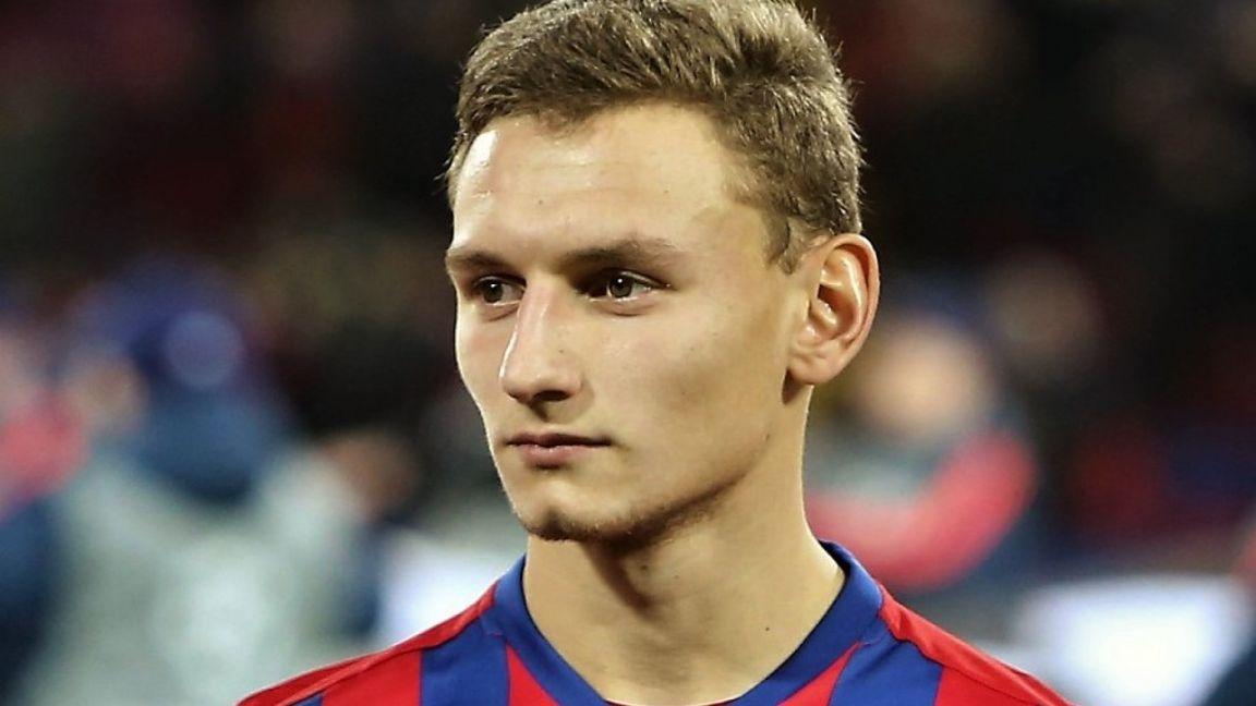 Чалов подписал новый контракт с ЦСКА