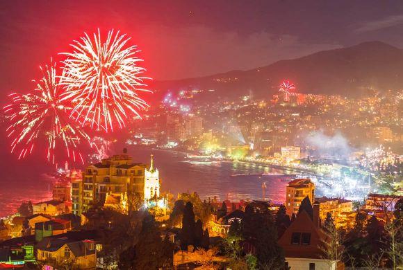 В Крыму на Новый год запретили массовые мероприятия